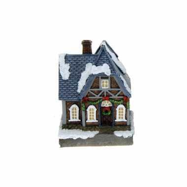 1x polystone kerstkerstdorp huisjes/kerstdorpje kerstdorp huisjes blauw dak met verlichting 13,5 cm
