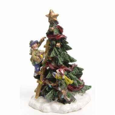 Kerstdorp maken figuurtjes kerstboom versieren type 1