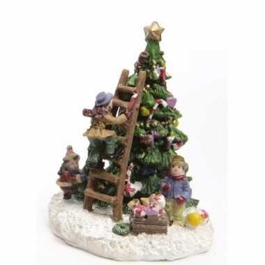 Kerstdorp maken figuurtjes kerstboom versieren type 2