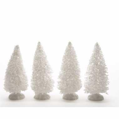 Kerstdorpje maken witte dennenbomen 4x